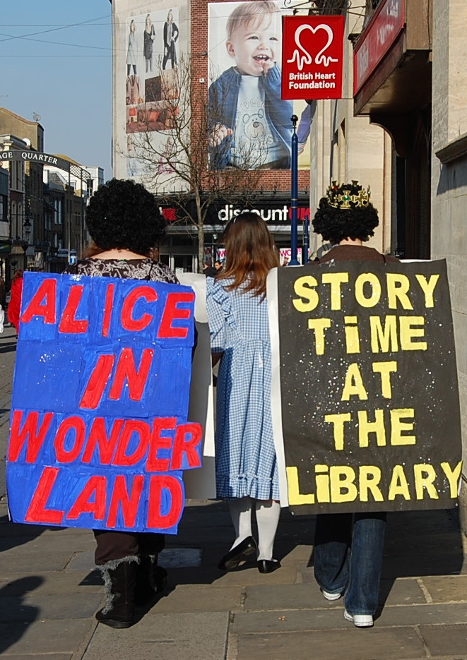 Reading Activists: on the march!