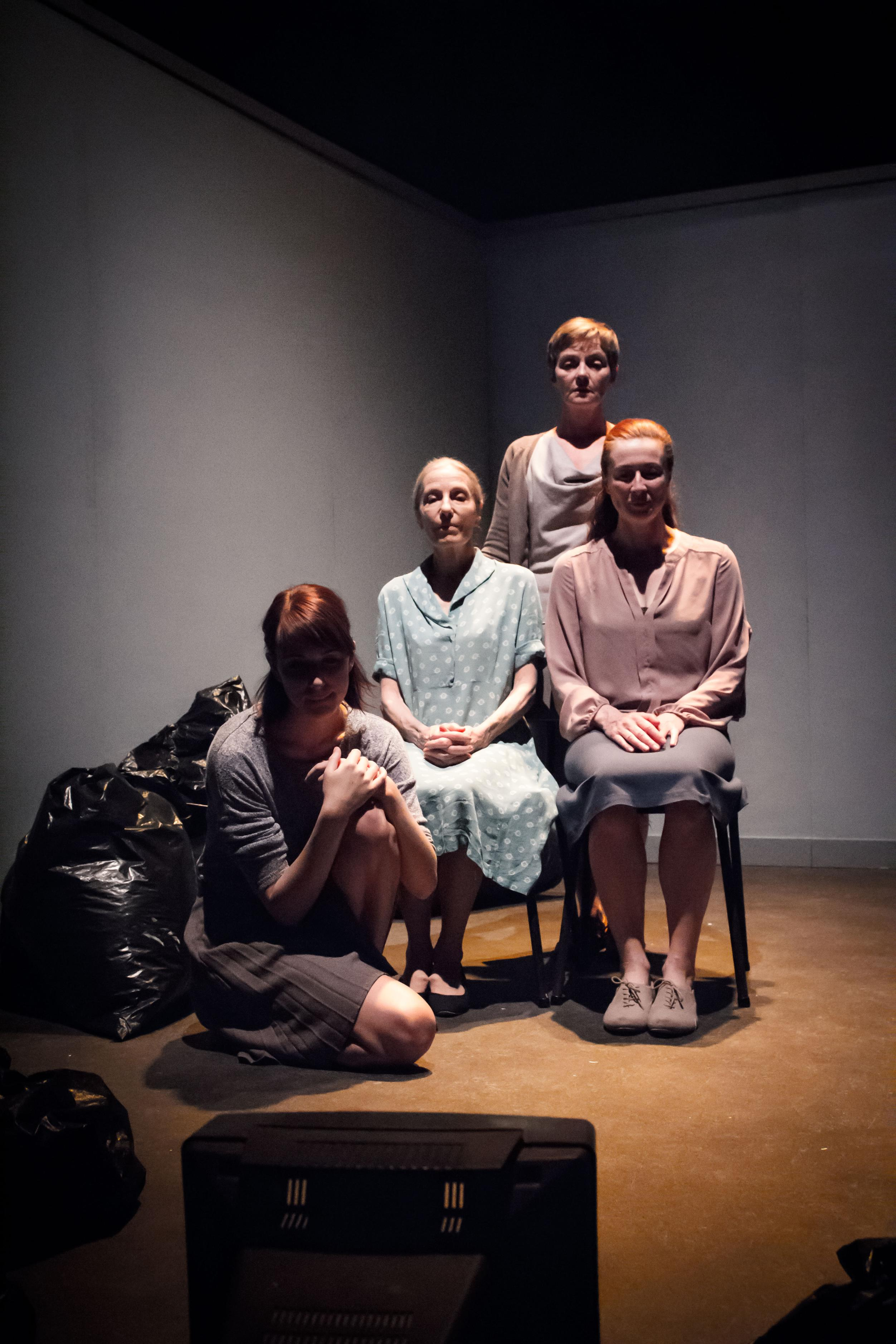 THEATRE REVIEW: LIPPY – MayFest – Bristol Old Vic