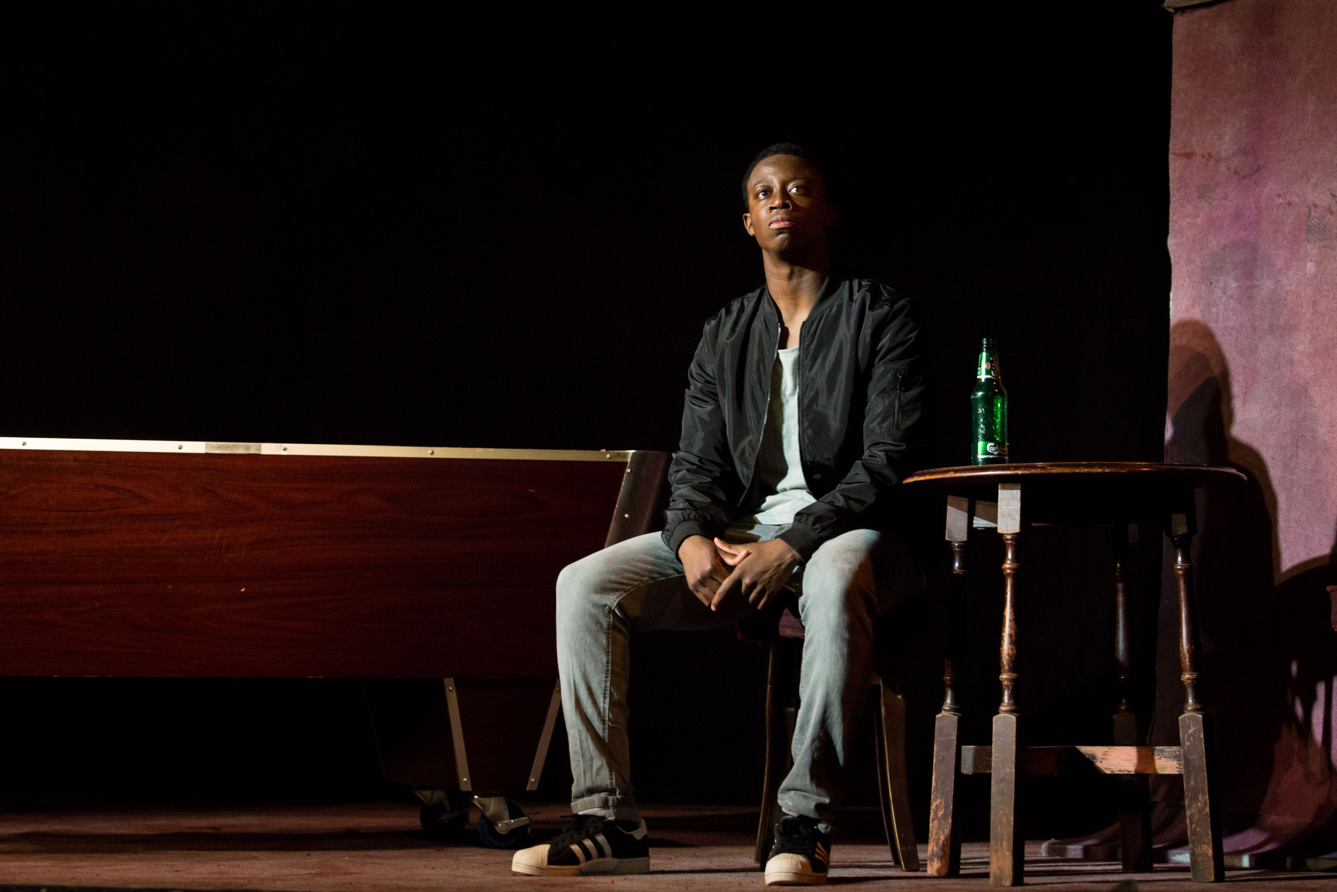 THEATRE REVIEW: Othello – National Youth Theatre Rep Company – Ambassadors Theatre Company